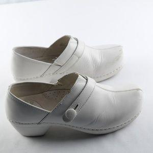 Dansko Solstice Clogs White sz 39